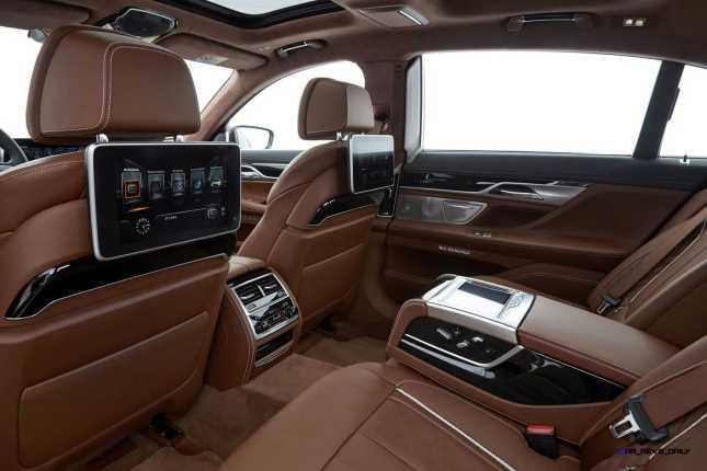 2016 BMW 750Li Interior 64