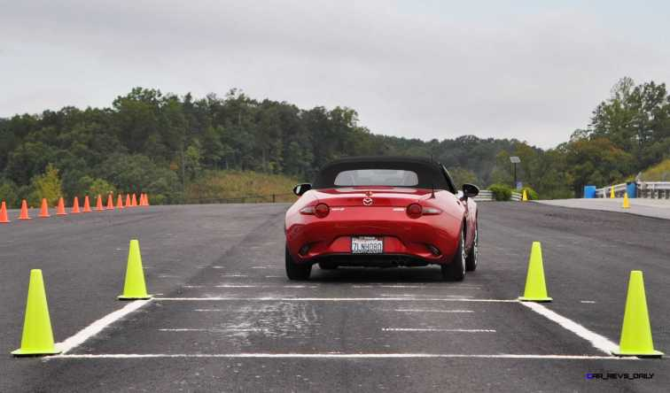 HD First Track Drive Review - 2016 Mazda MX-5 29