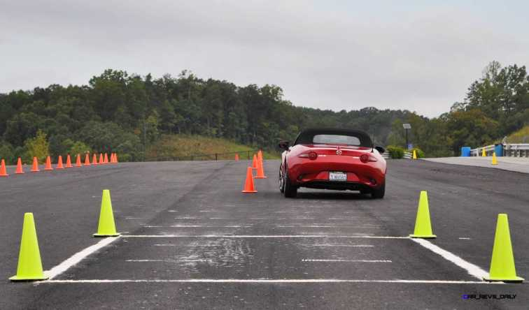 HD First Track Drive Review - 2016 Mazda MX-5 32