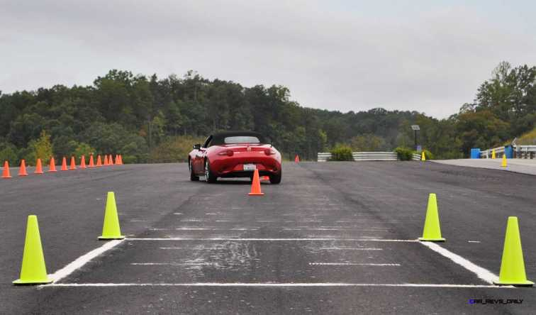 HD First Track Drive Review - 2016 Mazda MX-5 36