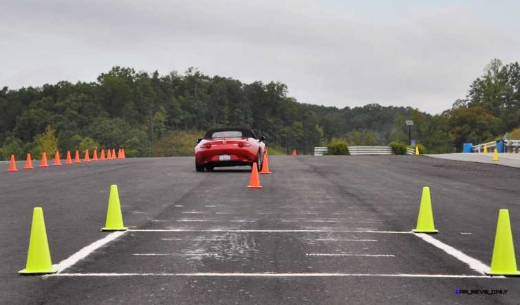 HD First Track Drive Review - 2016 Mazda MX-5 38
