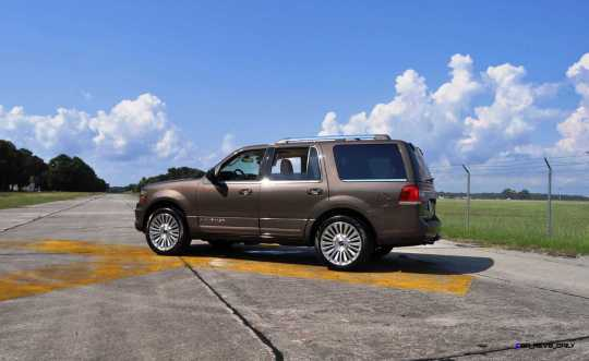 HD Road Test Review - 2015 Lincoln NAVIGATOR 4x4 Reserve 105