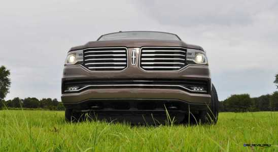 HD Road Test Review - 2015 Lincoln NAVIGATOR 4x4 Reserve 54