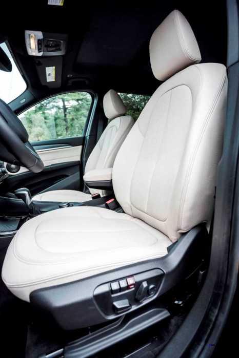 2016 BMW X1 xDrive28i Interior 5