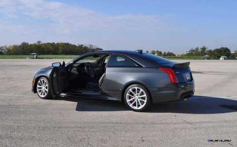 2016 Cadillac ATS-V Coupe 29