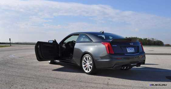 2016 Cadillac ATS-V Coupe 30