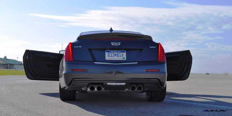 2016 Cadillac ATS-V Coupe 35