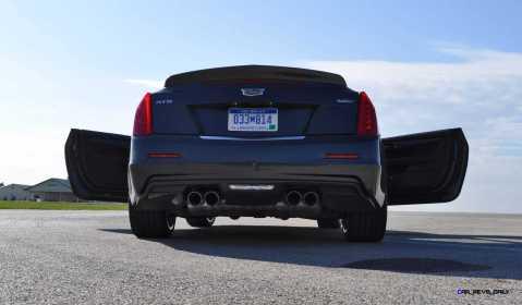 2016 Cadillac ATS-V Coupe 37