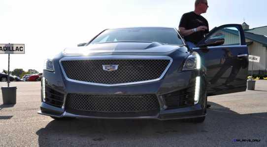 2016 Cadillac CTS-V Phantom Grey and Carbon Package 13