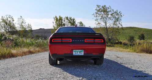 2016 Dodge Challenger SRT Hellcat 101