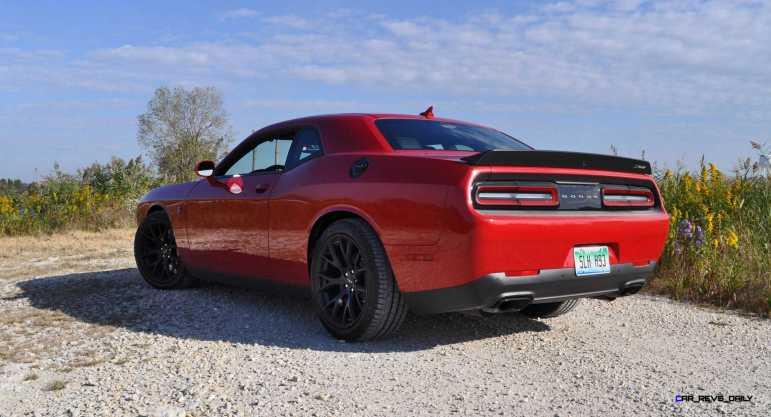 2016 Dodge Challenger SRT Hellcat 25