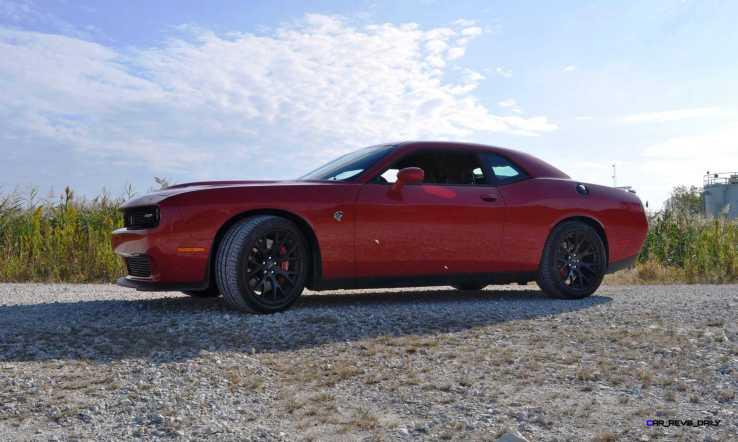 2016 Dodge Challenger SRT Hellcat 35