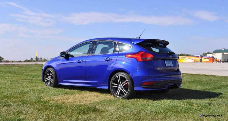 2016 Ford FOCUS ST Kona Blue 57