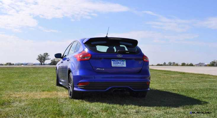 2016 Ford FOCUS ST Kona Blue 65