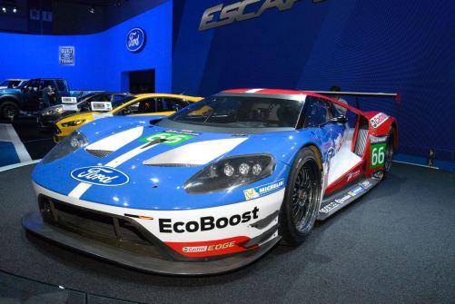 2015 LA Auto Show 56