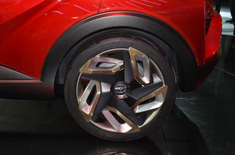 2015 Scion C-HR Concept 14