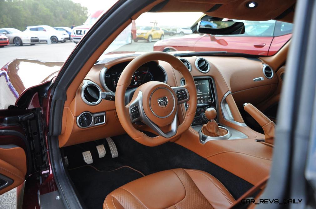 2016 Dodge Viper GT Review 23