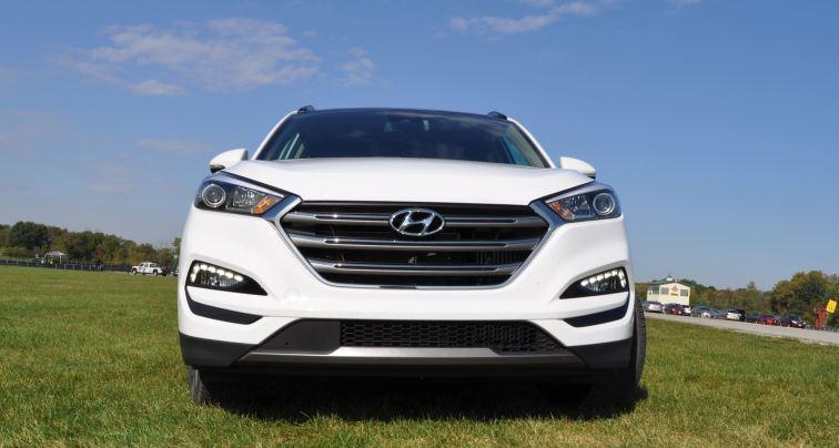 2016 Hyundai TUCSON Limited 1