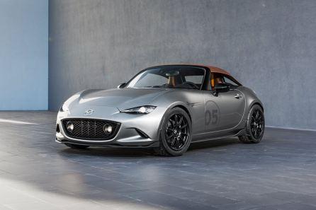2016 Mazda MX-5 Spyder Versus MX-5 Speedster Concepts 10