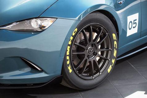 2016 Mazda MX-5 Spyder Versus MX-5 Speedster Concepts 21