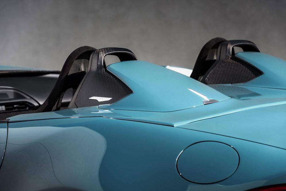2016 Mazda MX-5 Spyder Versus MX-5 Speedster Concepts 24