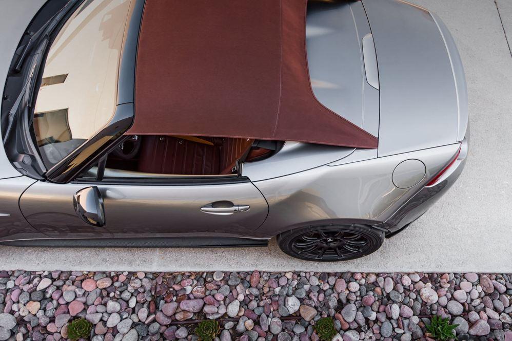 2016 Mazda MX-5 Spyder Versus MX-5 Speedster Concepts 27