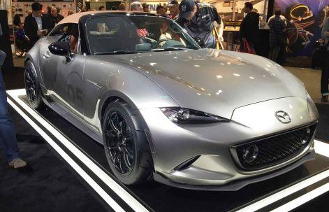 2016 Mazda MX-5 Spyder Versus MX-5 Speedster Concepts 29