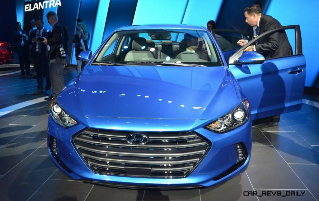 2017 Hyundai ELANTRA Sedan 5