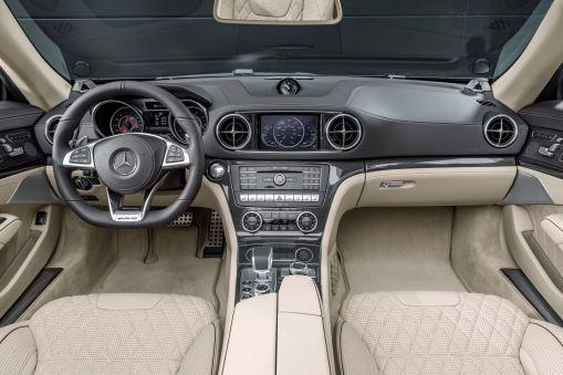 Mercedes-AMG SL 65, Polsterung: Nappaleder Porzellan, Zierteile AMG Carbon Mercedes-AMG SL 65, nappa leather porcelain, trim: AMG carbon