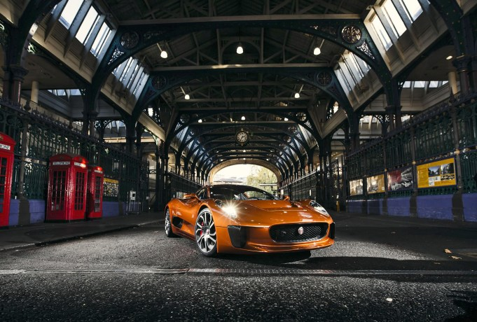 Jaguar Land Rover at the Lord Mayor's Show 2015