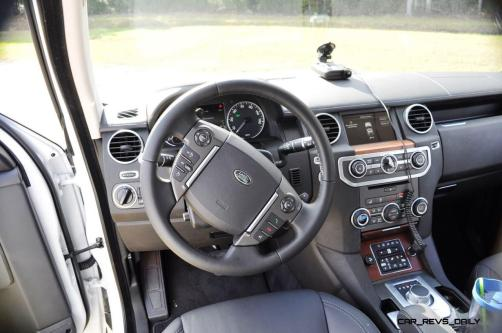 2016 Land Rover LR4 HSE Lux Black Package - INTERIOR 13