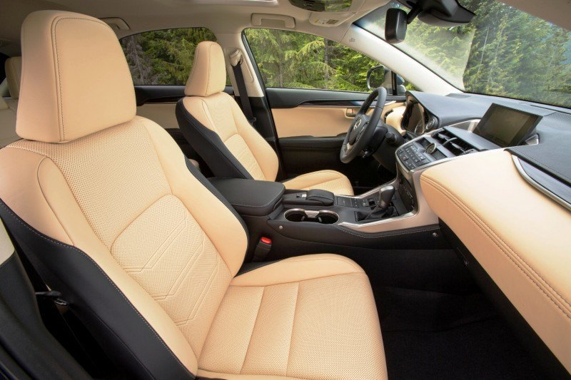 2015_Lexus_NX_Luxury_Package_001