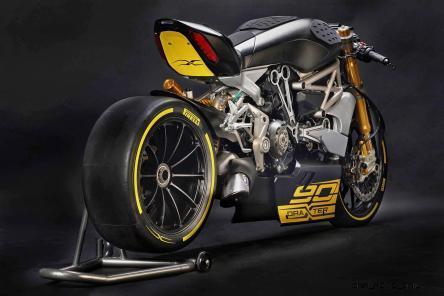 2016 Ducati Draxter Concept 6