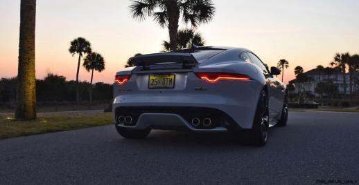 2016 JAGUAR F-Type R AWD White with Black Pack 17