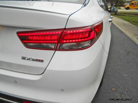 2016 Kia Optima SX Turbo Review 10