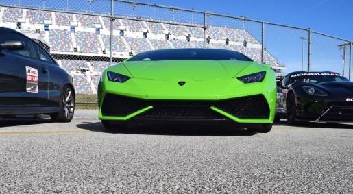 2016 Lamborghini HURACAN Verde Mantis 6