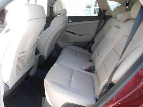 2016 Hyundai Tucson Review - Interior Photos 4