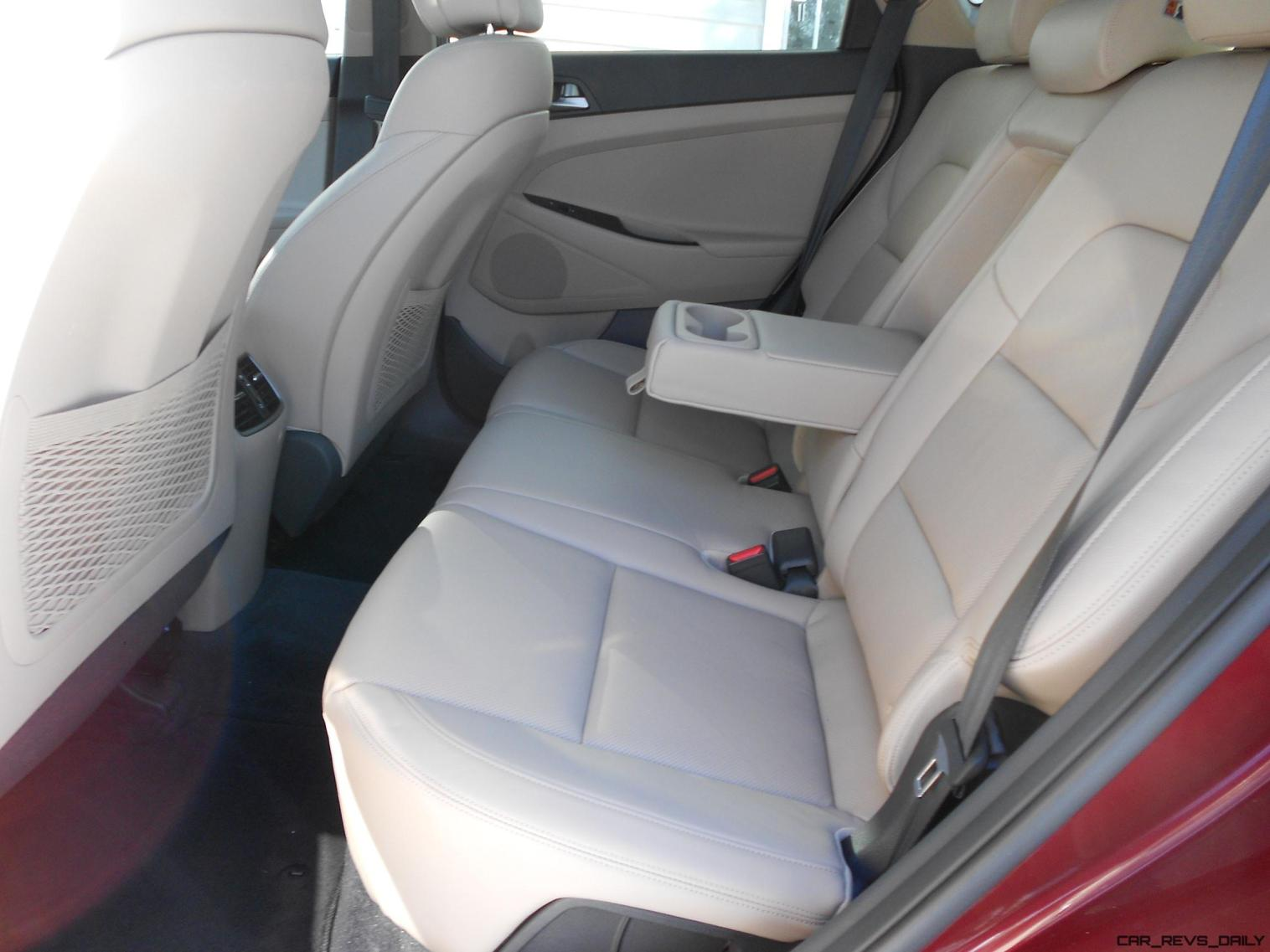 2016 Hyundai Tucson Review - Interior Photos 5