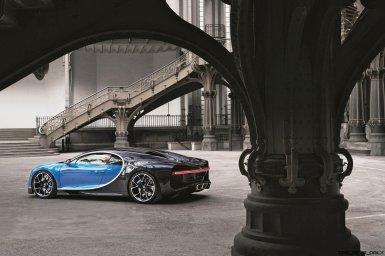 2017 Bugatti CHIRON Grand Palais 7