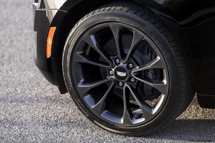 2016-Cadillac-ATS-Coupe-070