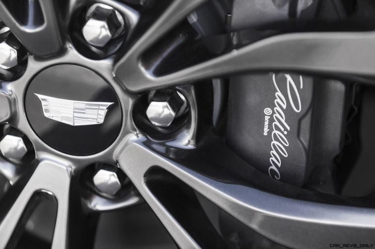 2016-Cadillac-ATS-Sedan-087