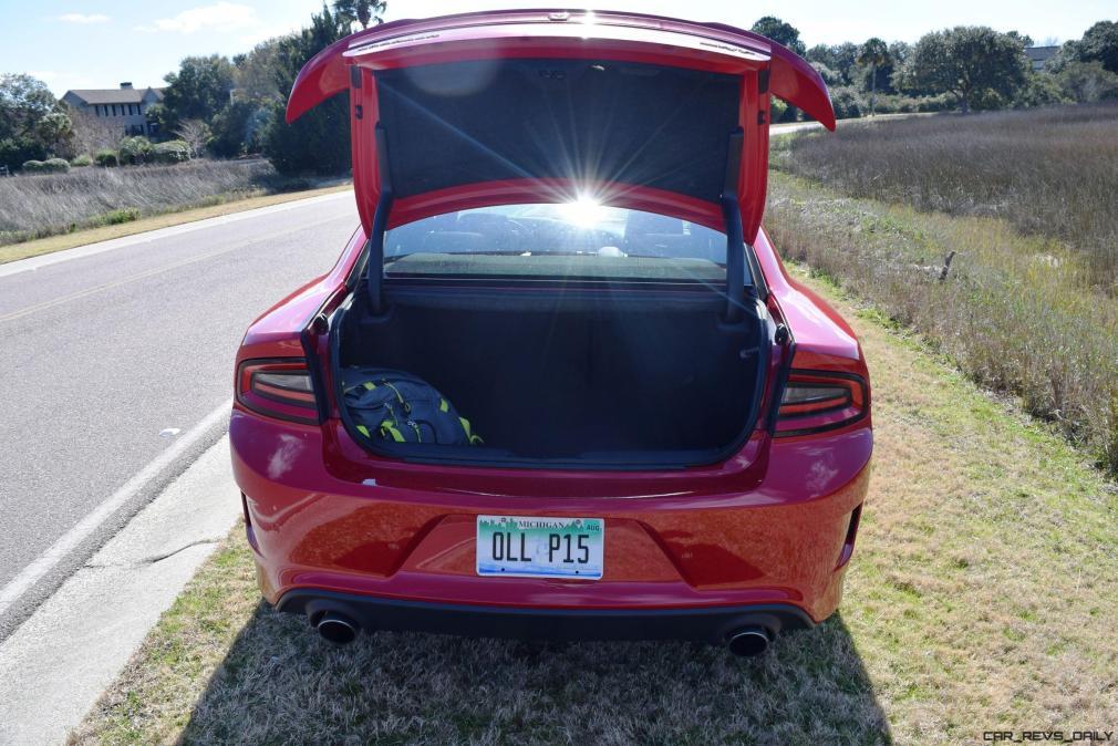 2016 Dodge Charger SRT392 Interior 1