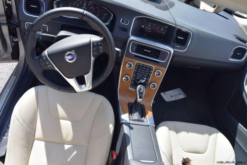 2016 Volvo S60 Inscription - INTERIOR PHOTOS 9