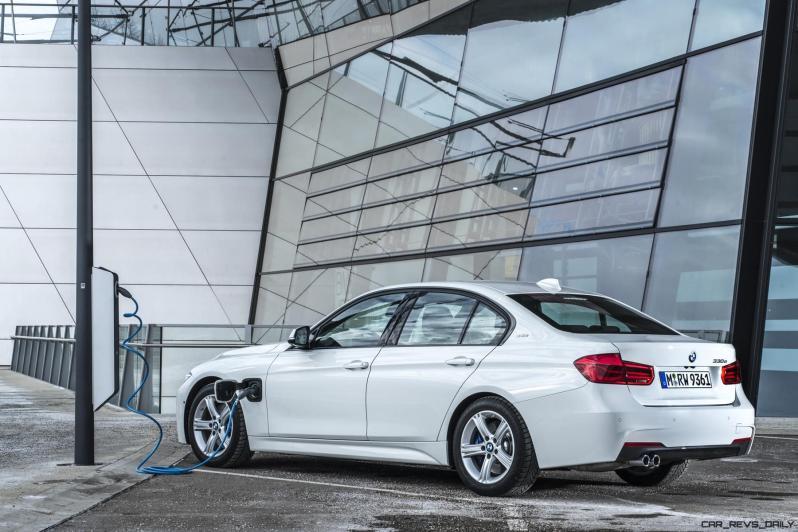 2017 BMW 330e iPerformance 23