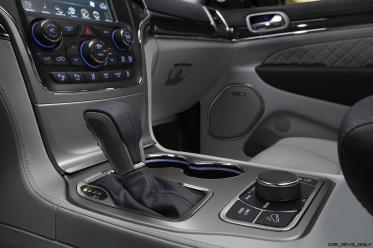 2017 Jeep Grand Cherokee SUMMIT 13