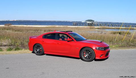 HD Road Test Review - 2016 Dodge Charger SRT392 25