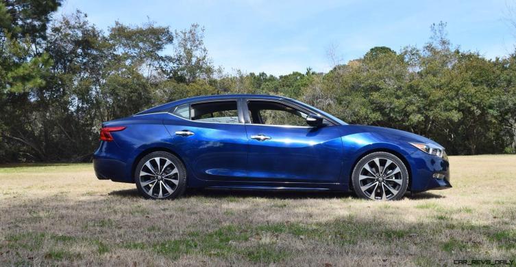 HD Road Test Review - 2016 Nissan Maxima SR 14