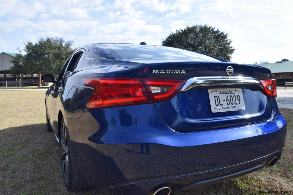 HD Road Test Review - 2016 Nissan Maxima SR 23