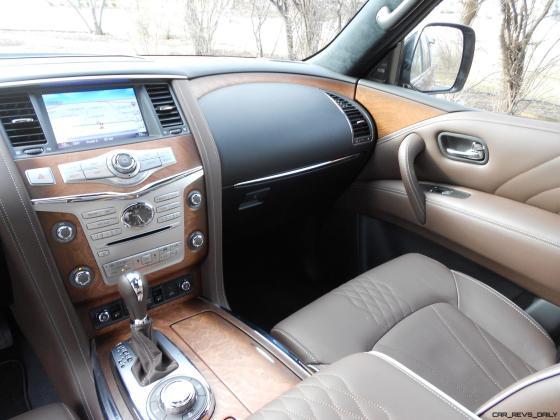 2016 INFINITI QX80 Limited AWD Interior 12