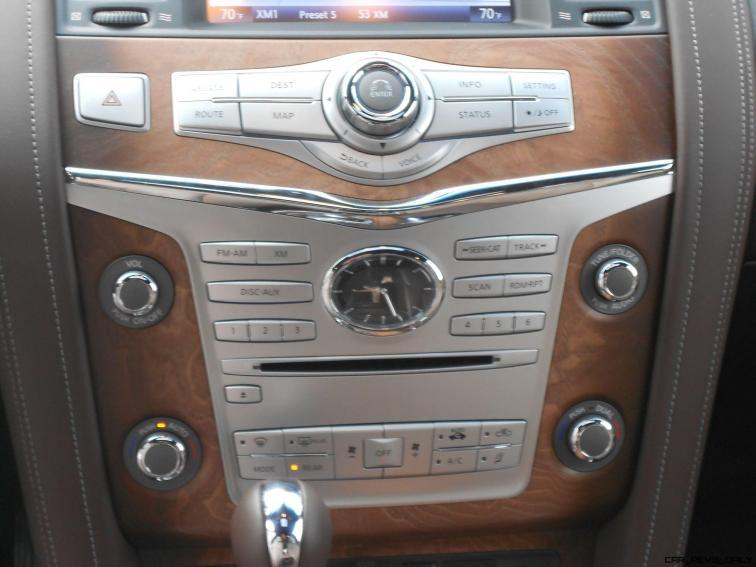 2016 INFINITI QX80 Limited AWD Interior 14